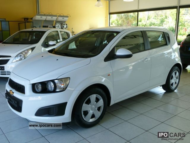 2011 Chevrolet  New Aveo 1.2 16V 70cv 5pt. LS Small Car New vehicle photo
