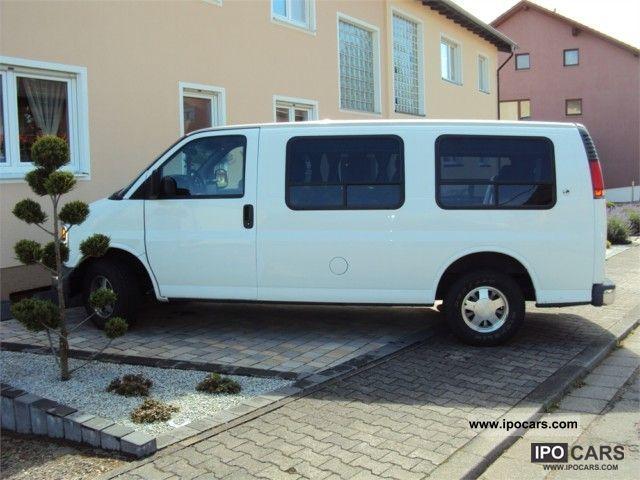 1999 Chevrolet  Express Van / Minibus Used vehicle photo