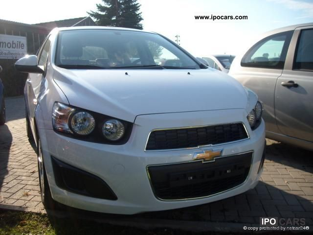 2011 Chevrolet  Aveo LT 2.1 86 HP Automatic air radio CD MP3 Limousine Employee's Car photo