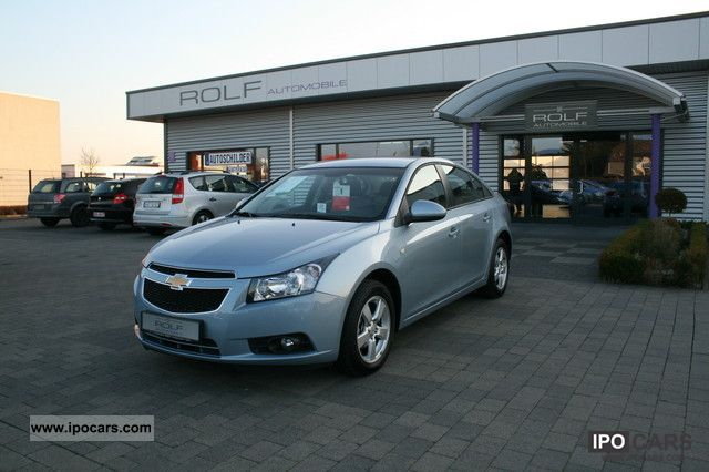 2010 Chevrolet  Cruze 1.6 LS / AIR / RADIO CD / NSW / PDC Limousine Used vehicle photo