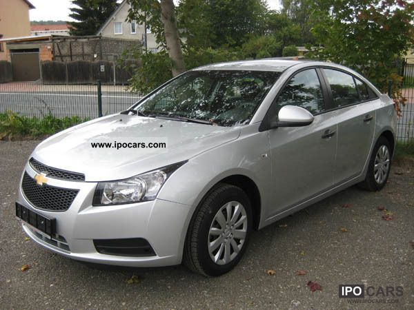 2011 chevrolet cruze 6 1 car photo and specs. Black Bedroom Furniture Sets. Home Design Ideas