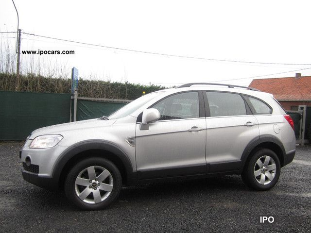 2007 Chevrolet  Captiva 2.0 LT 4WD 7 seater Exclusive Off-road Vehicle/Pickup Truck Used vehicle photo