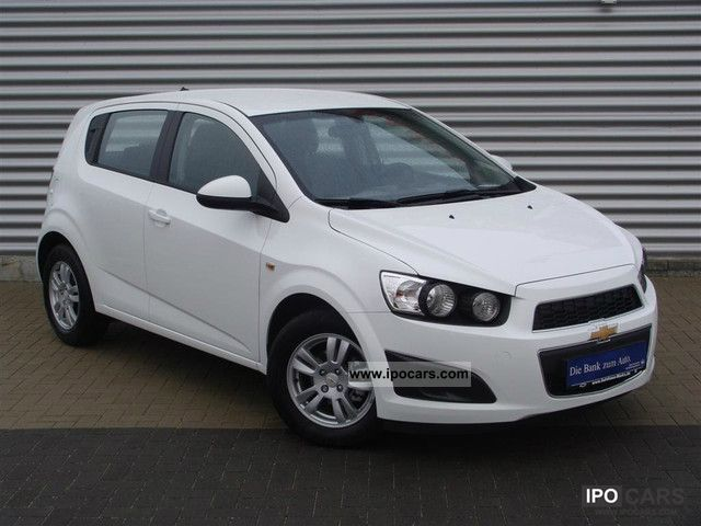 2012 chevrolet aveo 1 4 lt in stock car photo and specs. Black Bedroom Furniture Sets. Home Design Ideas
