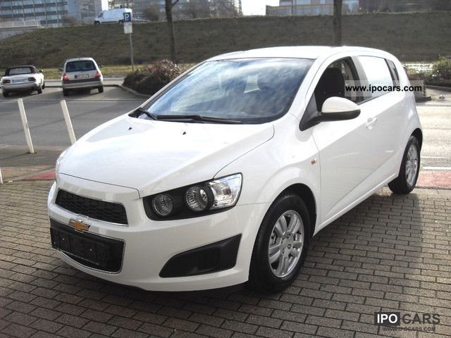 2012 chevrolet aveo 1 4 lt top offer car photo and specs. Black Bedroom Furniture Sets. Home Design Ideas