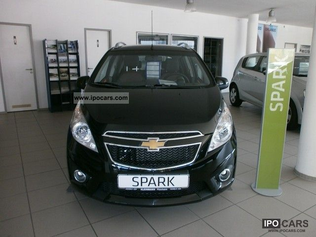 2012 Chevrolet  Spark 1.2 LT Small Car Used vehicle photo