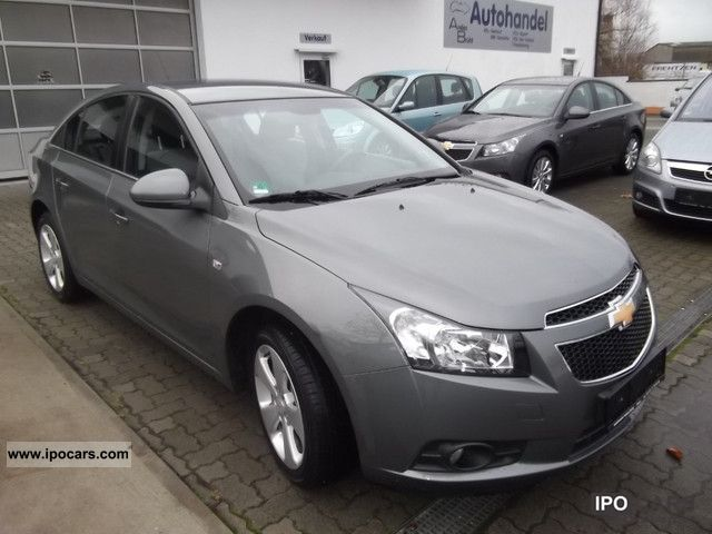 2011 chevrolet cruze 1 8 lt automatic climate control. Black Bedroom Furniture Sets. Home Design Ideas