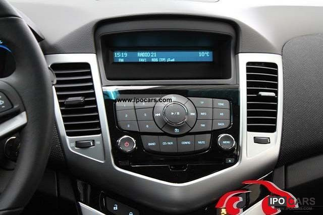 Chevy Cruze Wheels >> 2011 Chevrolet Cruze 1.6 LT MJ12 - Car Photo and Specs