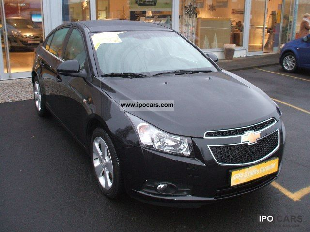 2011 chevrolet cruze 1 8 lt car photo and specs. Black Bedroom Furniture Sets. Home Design Ideas