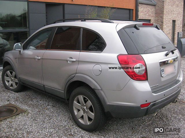 Chevrolet Captiva Sport Owners Manual | Book DB