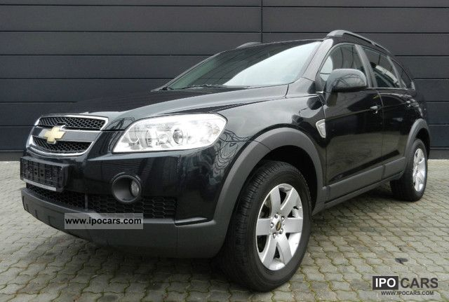2008 Chevrolet  Captiva 2.0D LT 4WD 7-seater cruise control Navi + PDC Off-road Vehicle/Pickup Truck Used vehicle photo