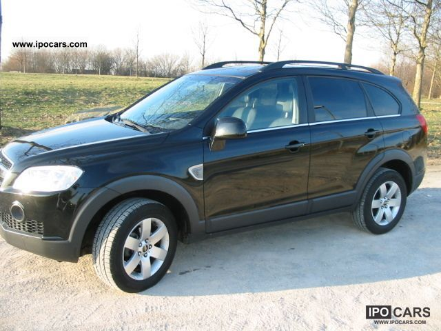 2006 Chevrolet  2WD Captiva 2.4 LT 5-seater Off-road Vehicle/Pickup Truck Used vehicle photo
