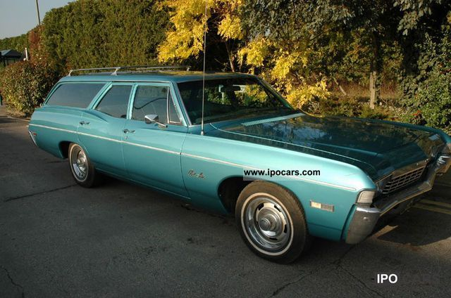 Chevrolet  IMPALA ESTATE GIANTS 5.4 L V8 1968 Vintage, Classic and Old Cars photo