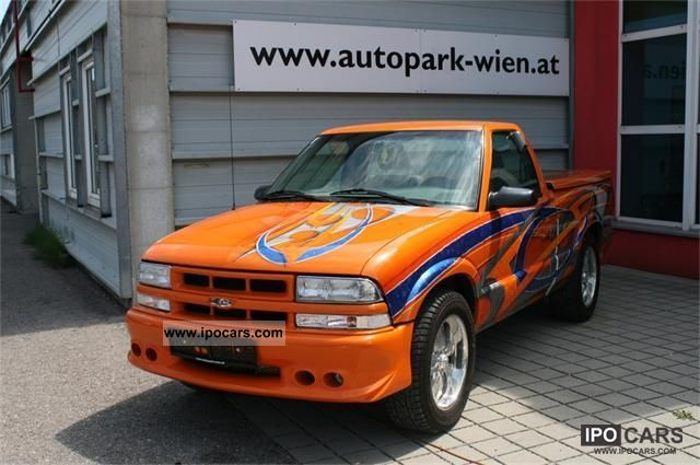 2010 Chevrolet  S10 pickup with TÜV SHOWCAR Off-road Vehicle/Pickup Truck Used vehicle photo
