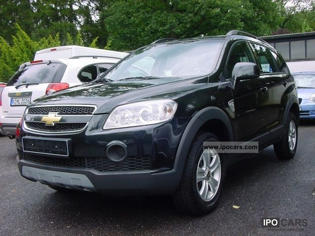 2011 Chevrolet  2WD Captiva 2.4 LS 5-seater Off-road Vehicle/Pickup Truck Pre-Registration photo