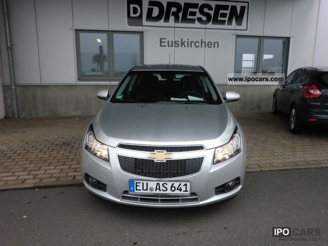 2012 Chevrolet  Cruze LTZ 2.0 Limousine Demonstration Vehicle photo