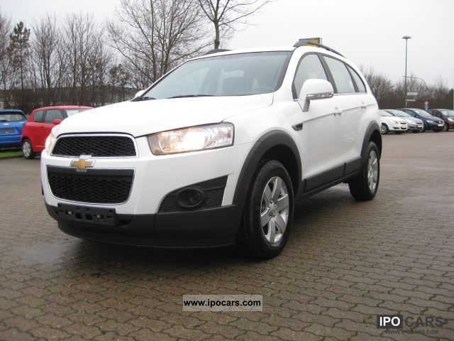 2011 Chevrolet  Captiva 2.4 LS 2012 2WD 5 seater! No EU! Off-road Vehicle/Pickup Truck New vehicle photo