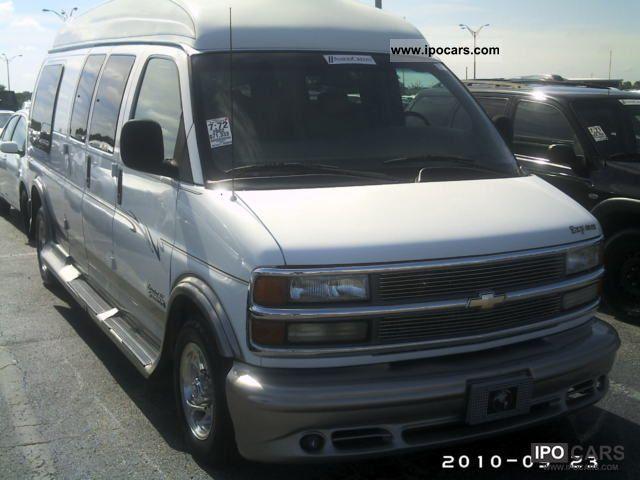 2002 Chevrolet  Express Van Limited SE Van / Minibus Used vehicle photo