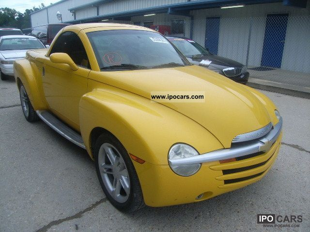 2004 Chevrolet  SSR Off-road Vehicle/Pickup Truck Used vehicle (business photo