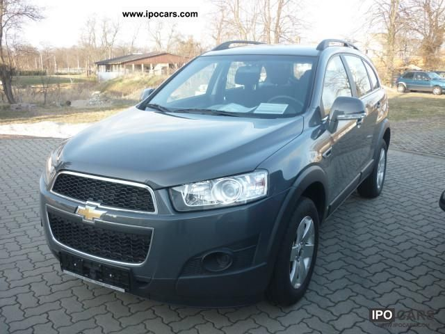 2012 Chevrolet  Captiva 2.4 LS 2WD 5 seater Off-road Vehicle/Pickup Truck Pre-Registration photo