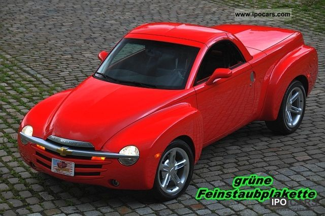2003 Chevrolet  SSR 5.3 V8 automatic, leather, Bose sound system Cabrio / roadster Used vehicle photo