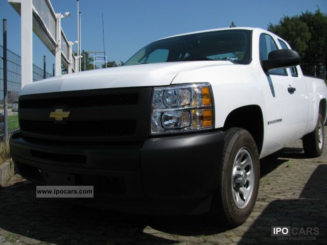 2010 Chevrolet  Silverado V6 AUTOMATIC ADMISSION DAYS Off-road Vehicle/Pickup Truck Demonstration Vehicle photo