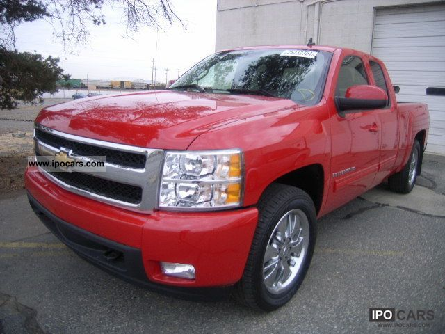2009 chevrolet silverado car photo and specs. Black Bedroom Furniture Sets. Home Design Ideas