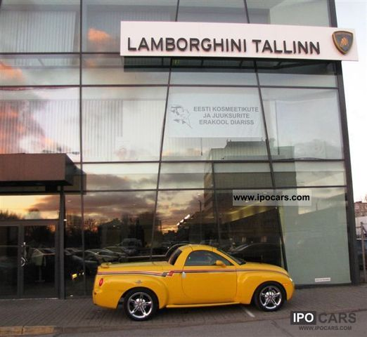 2006 Chevrolet  SSR Indianapolis Track Parade Limited Edition Off-road Vehicle/Pickup Truck Used vehicle photo
