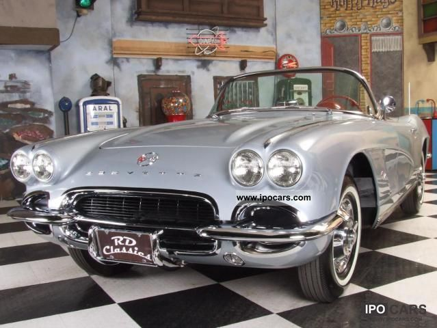 1962 Chevrolet  C1 Corvette Frame Off / Matching Numbers Roadste Cabrio / roadster Classic Vehicle photo