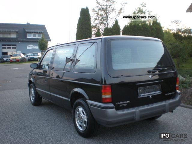 1992 chrysler voyager se power steering 7 sitzer 1 hand car photo and specs. Black Bedroom Furniture Sets. Home Design Ideas