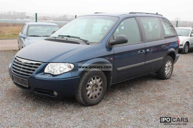 2007 Chrysler  2,8 CRD, 7 seater, auto, air, 1-Hand Van / Minibus Used vehicle photo
