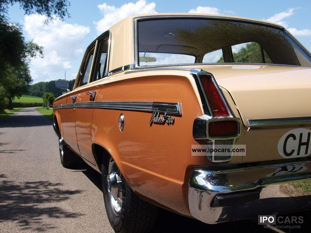 1967 Chrysler  Valiant V200 Swiss production H-ident Limousine Classic Vehicle photo