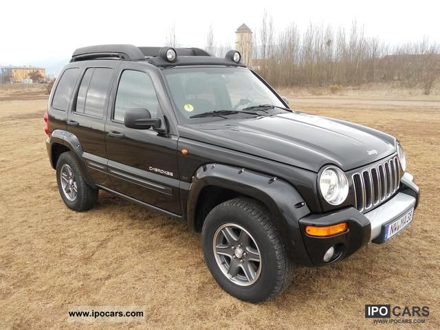 2004 chrysler jeep cherokee 2 8 crd renegade car photo and specs. Black Bedroom Furniture Sets. Home Design Ideas