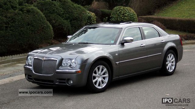 2006 Chrysler  3.0 CRD Limited Aut. Limousine Used vehicle photo