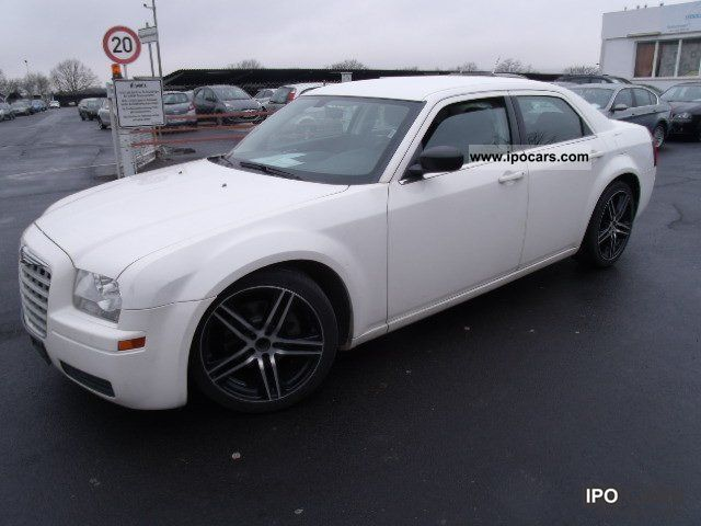 2009 Chrysler  300C 2.7, 20'' Alus, automatic transmission, air Limousine Used vehicle photo