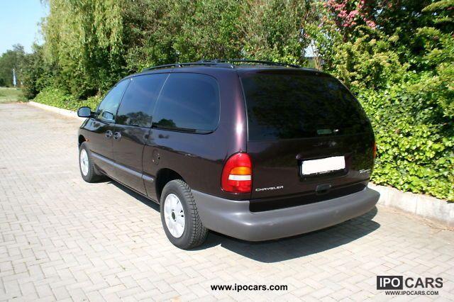 2011 Chrysler hearse #4