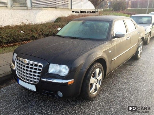 2009 Chrysler  300C Limousine Used vehicle photo