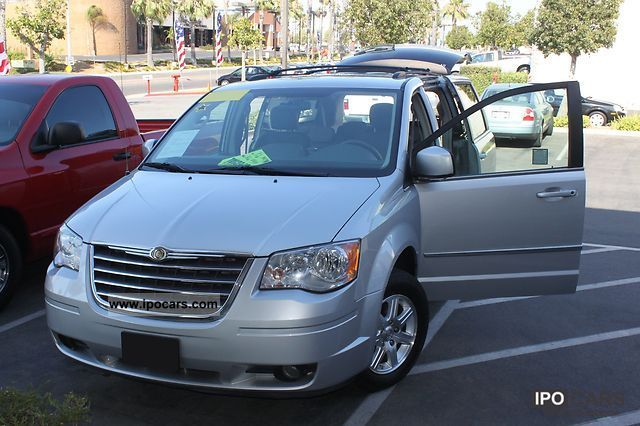 2009 chrysler town country touring model 2009 van minibus used. Cars Review. Best American Auto & Cars Review