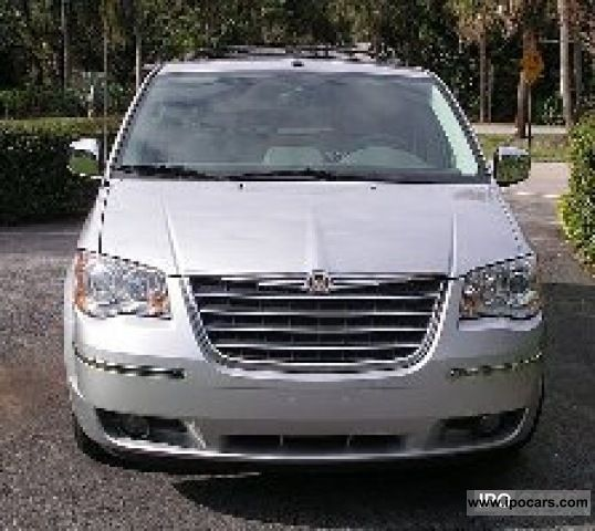 2011 Chrysler Town Country Limited Swiffel & Go