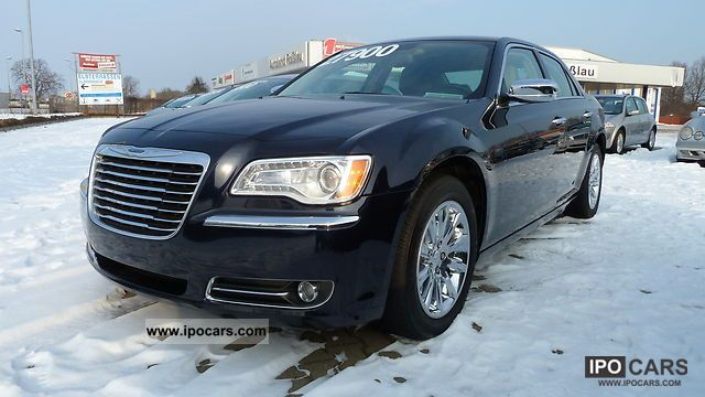 2011 Chrysler  300 RWD 3.6 NEW MODEL AVAILABLE! Limousine Used vehicle photo