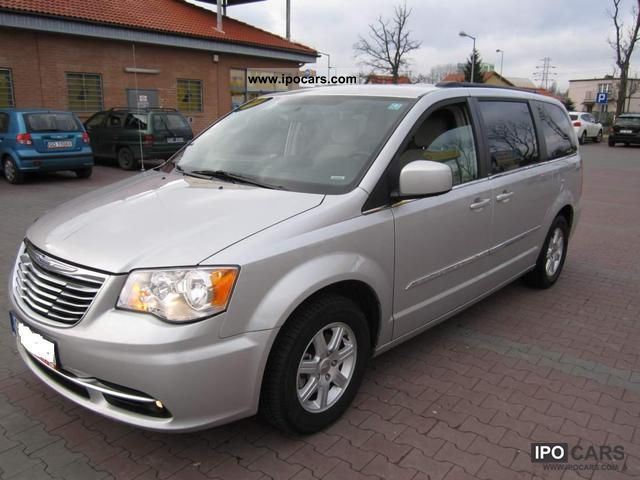 2011 chrysler town country najnowszy model jedyny 3 7i car photo and specs. Black Bedroom Furniture Sets. Home Design Ideas