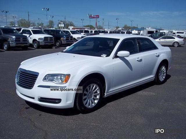 2011 Chrysler  3.6 liter V6 300C 300 2011 Limousine New vehicle photo