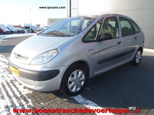 2003 Citroen  Xsara Picasso 1.8I 16V PLAISIR G3 Van / Minibus Used vehicle photo