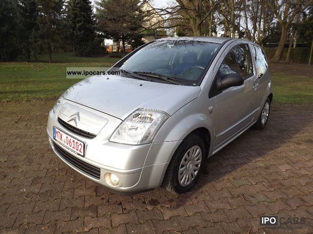 2004 Citroen  C2 1.4 Climate Small Car Used vehicle photo