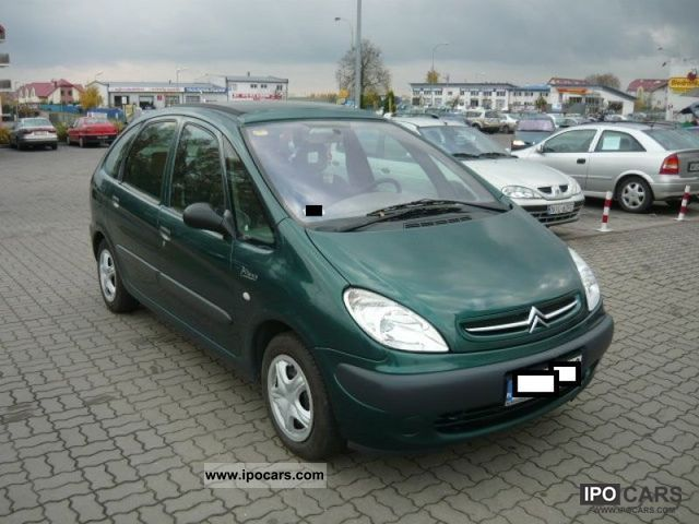 2002 citroen xsara picasso air tronic car photo and specs. Black Bedroom Furniture Sets. Home Design Ideas