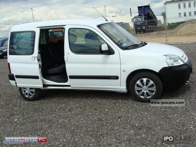 2004 citroen berlingo car photo and specs. Black Bedroom Furniture Sets. Home Design Ideas