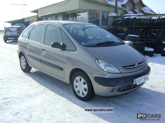 2002 citroen xsara picasso diesel 2 0 hdi car photo and specs. Black Bedroom Furniture Sets. Home Design Ideas