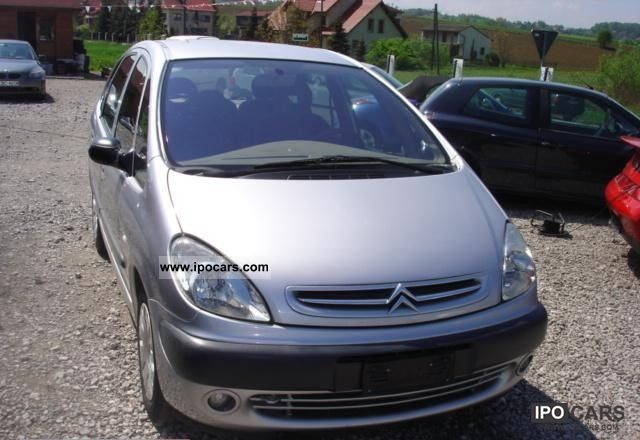 2001 Citroen  Xsara Picasso 2.0HDI AIR Small Car Used vehicle photo