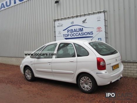2004 citroen xsara picasso 1 8i 16v exclucive car photo and specs. Black Bedroom Furniture Sets. Home Design Ideas