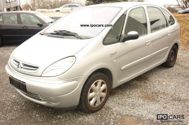 2004 Citroen  Xsara Picasso 1.8i Tonic / / from a second property / / Van / Minibus Used vehicle photo