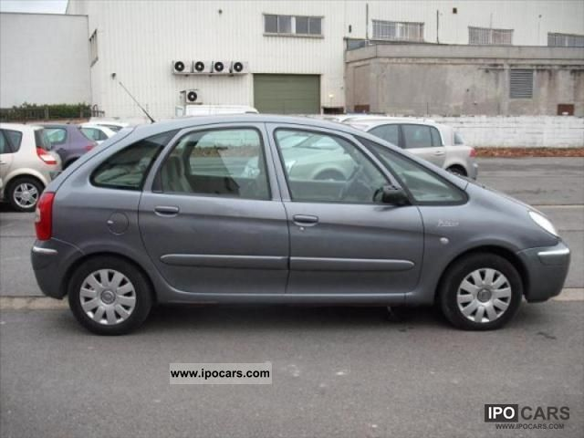2004 citroen xsara picasso hdi 110 2l exclusif car photo and specs. Black Bedroom Furniture Sets. Home Design Ideas